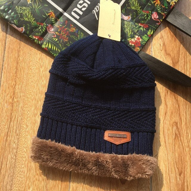 DL-Hat